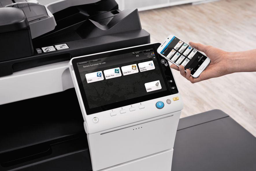 połączenie z drukarką za pomocą smartfona